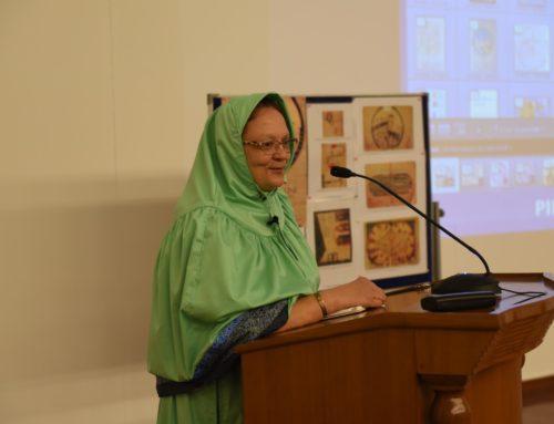 Dr Karen Pinto Visits Aljamea Karachi